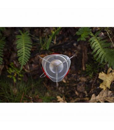 hornillo de gas butano Primus en el bosque desde arriba